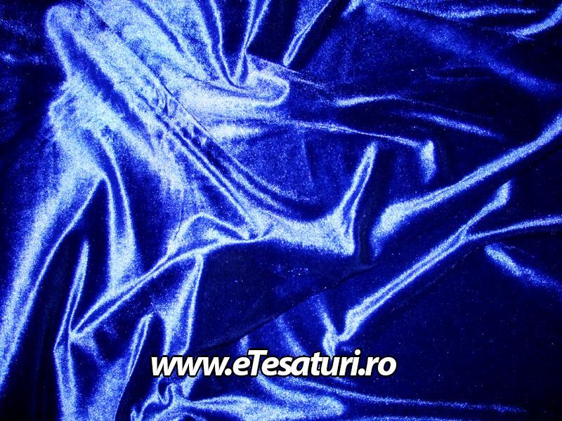 catifea albastru royal