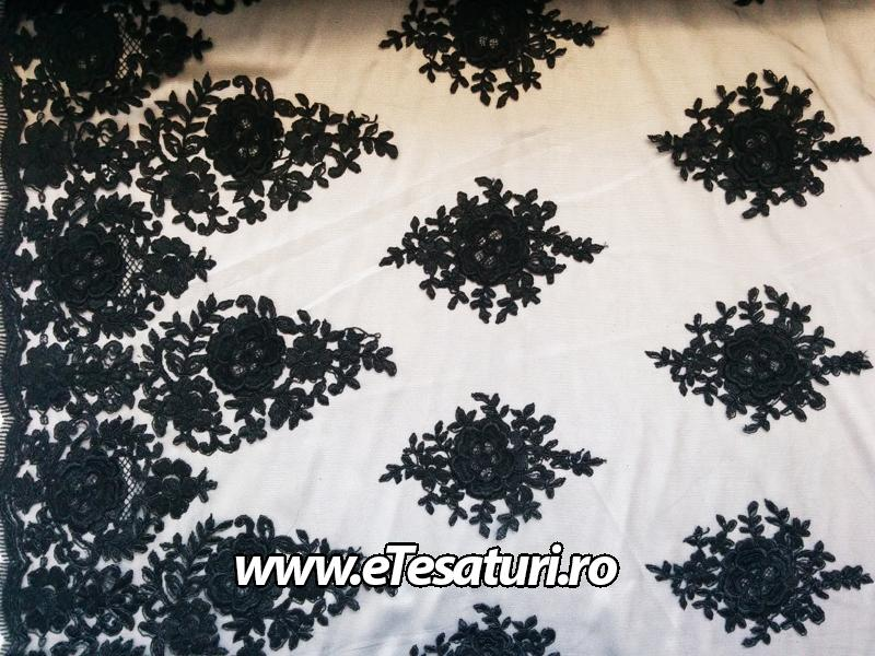 broderie 3D neagra
