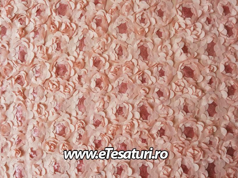 dantela somon-roze cu paiete