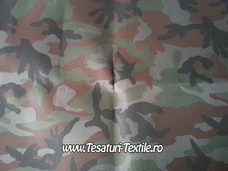 material de camuflaj
